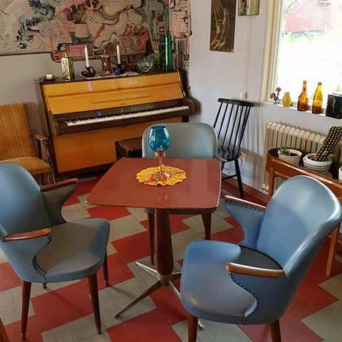 Kustkonst Brittas Café 50-talsinredning Hamrångefjärden